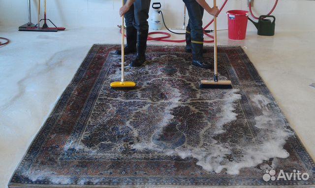 Химчистка ковров на дому в Москве цены на чистку ковров и
