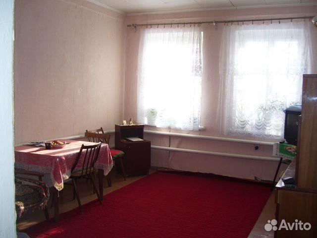 Продается трехкомнатная квартира за 850 000 рублей. п. Увек, Увекский 12-й проезд, 12.
