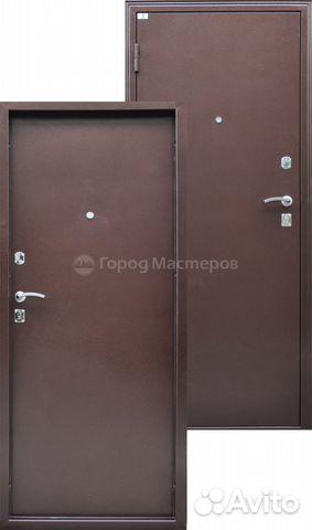 входные стальные двери на улице