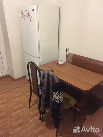 Продается двухкомнатная квартира за 1 550 000 рублей. Маяковского городок.