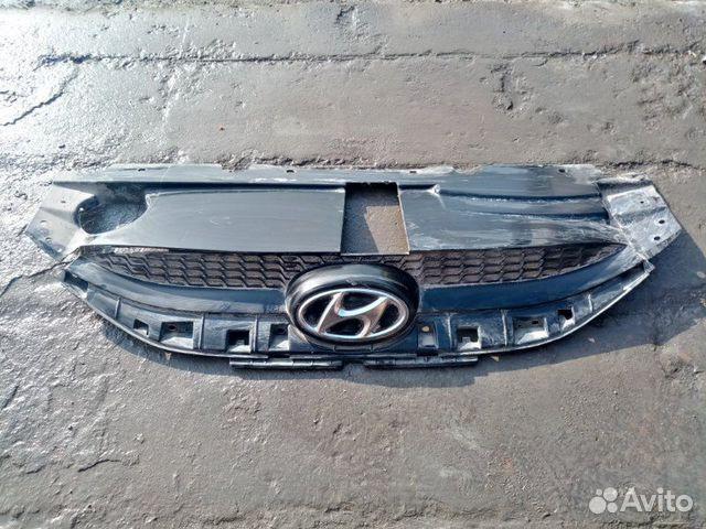 89026196331  Решетка радиатора Hyundai Ix35 2.0 2015
