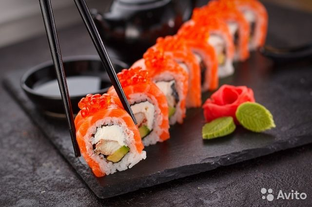 Delivery of sushi, 4 years of work / Income 160000