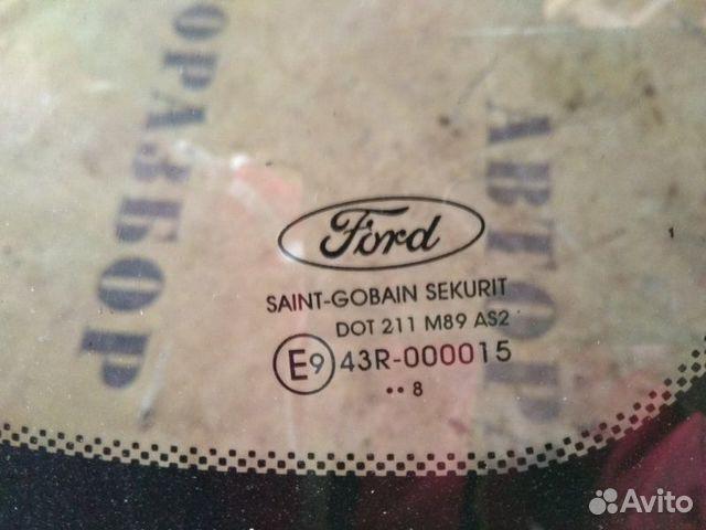 Стекло кузовное глухое заднее правое Ford Focus 2