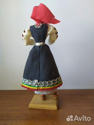 Кукла в национальном костюме времен СССР