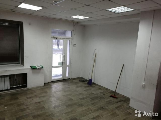 Торговое помещение, 37 м²