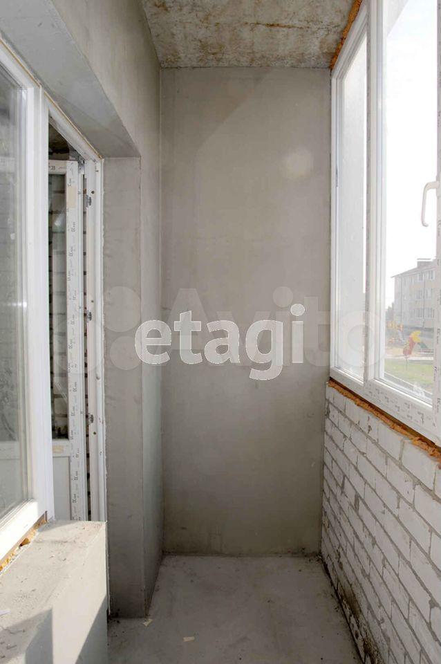 2-к квартира, 66 м², 1/3 эт.
