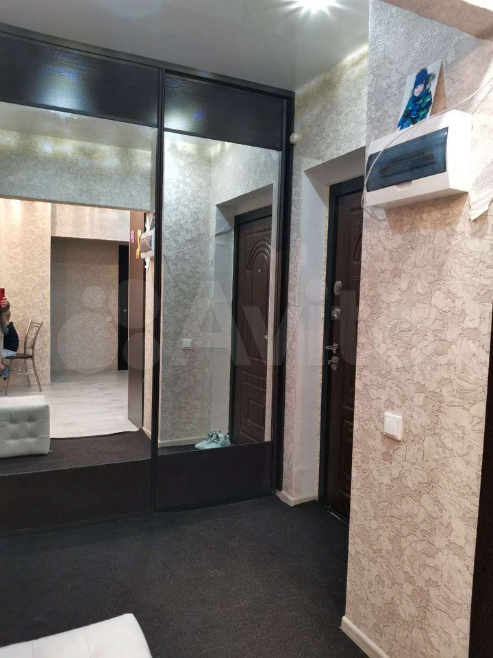 3-room apartment, 82 m2, 1/9 et.  89113592534 buy 8