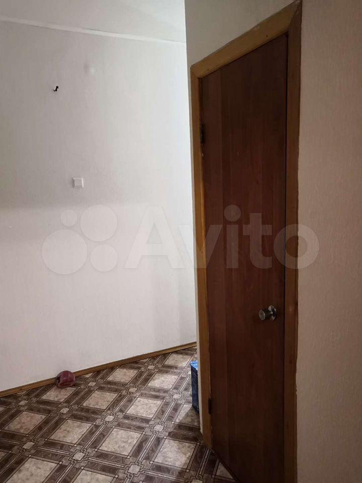 2-room apartment, 52 m2, 4/5 floor.